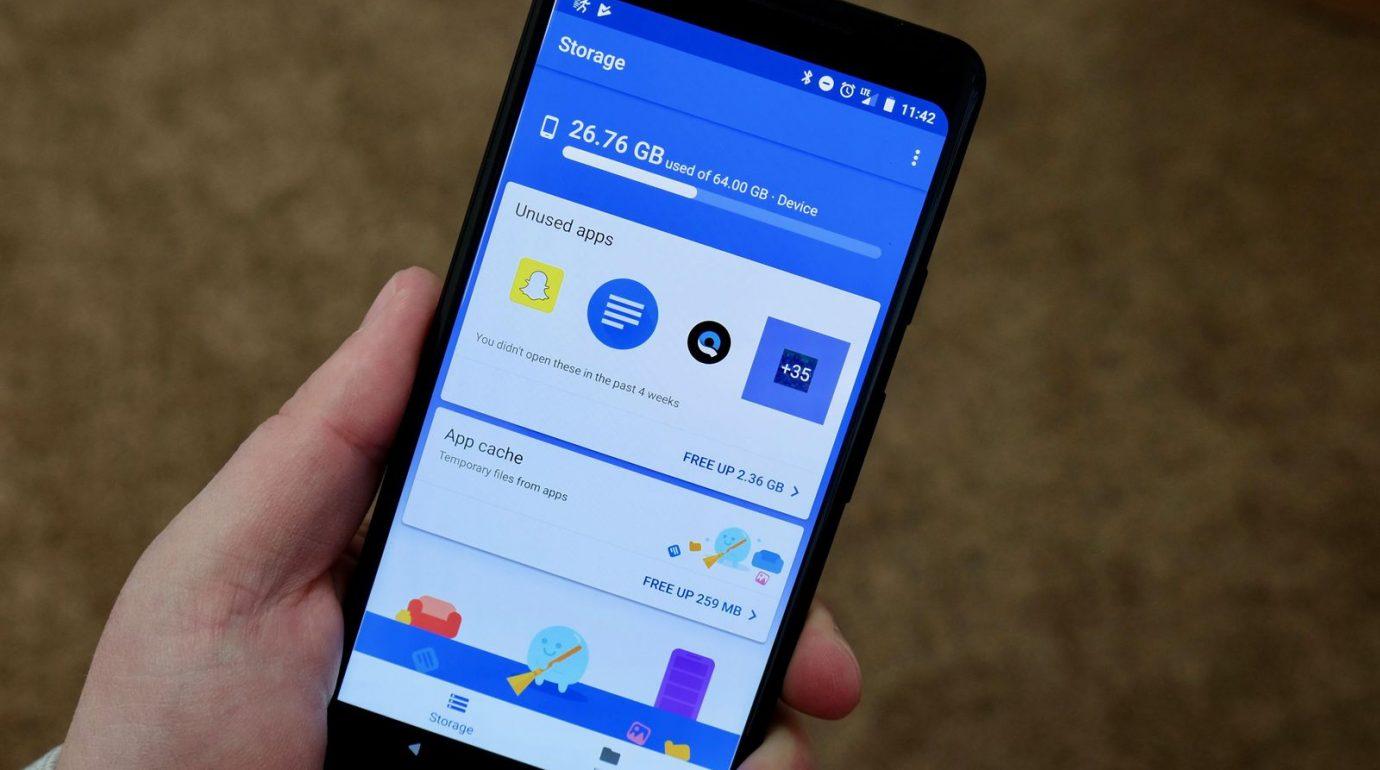 steal smartphone data